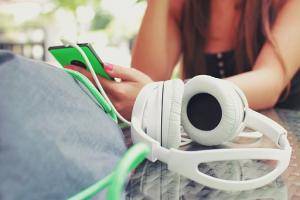 headphones Ebook online business aufbauen